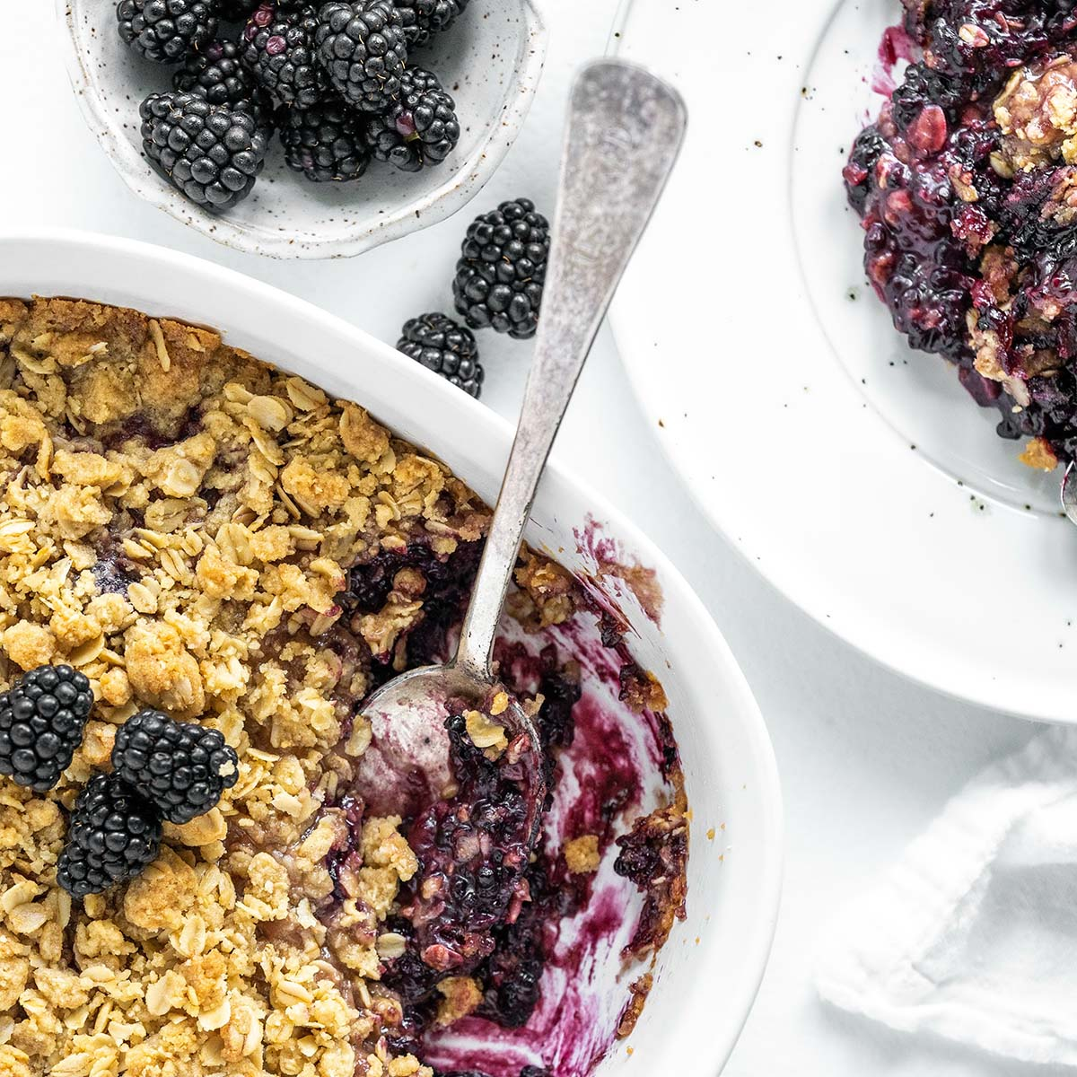 blackberry crumble featured image