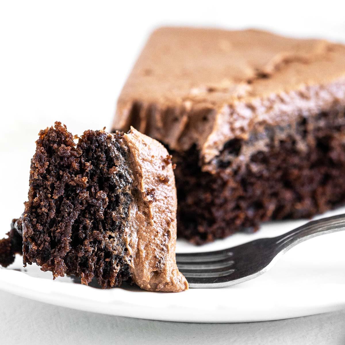 chocolate mayonnaise cake featured image