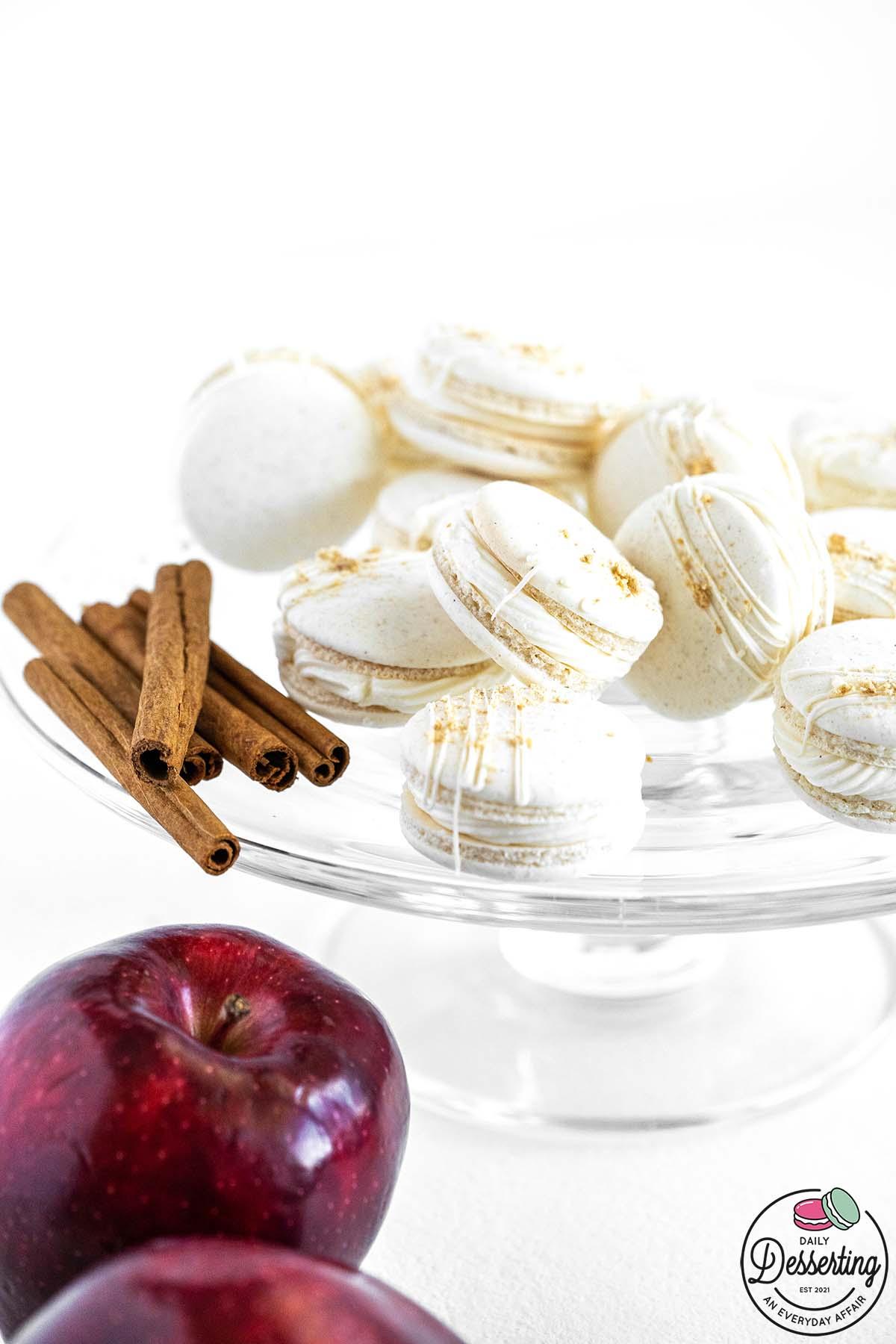 apple pie filled vanilla macarons