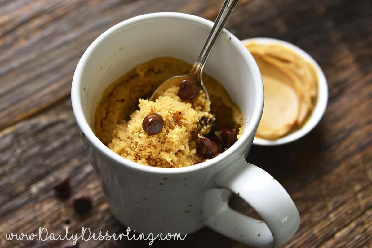 microwave peanut butter mug cake