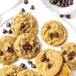 pumpkin chocolate chip cookies featured image