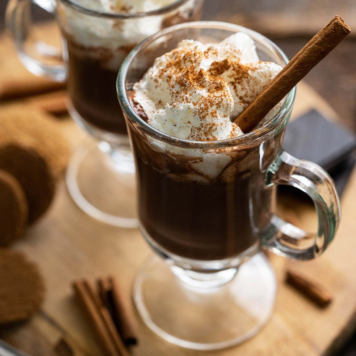 pumpkin spice hot chocolate featured image